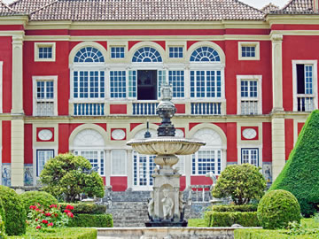 Garden and Palaces in Lisbon & Beyond