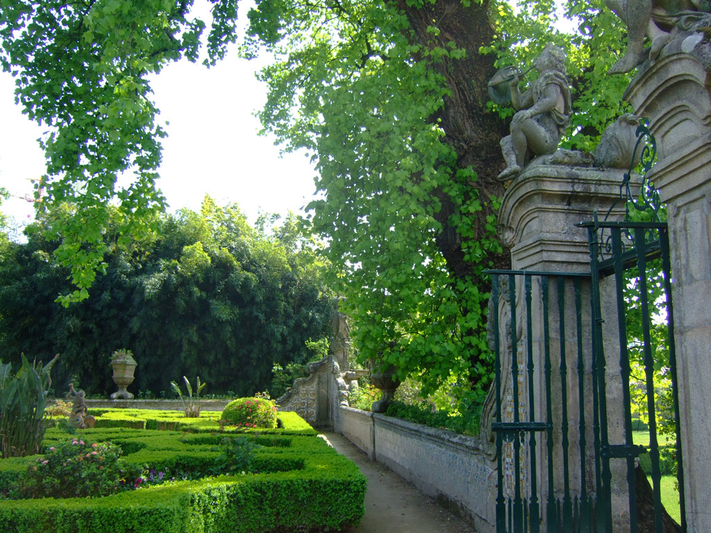 Garden tours in Portugal